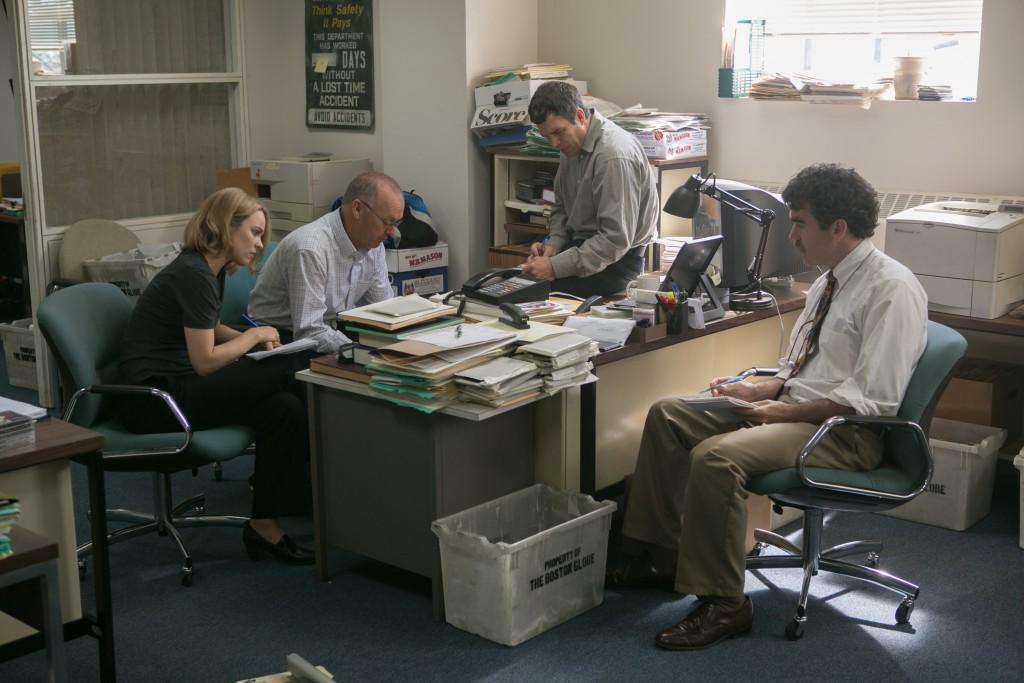 """Dokumente durchwühlen, Erkenntnisse sammeln, Strategie besprechen: """"Spotlight"""" zeigt investigativen Journalismus als akribisches Teamwork"""